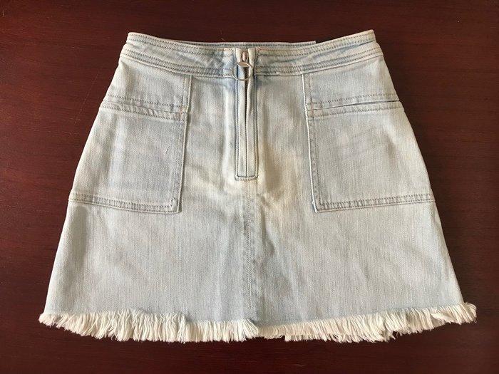 【天普小棧】A&F Abercrombie Zip Front A-Line Denim Skirt刷破不修邊牛仔裙24