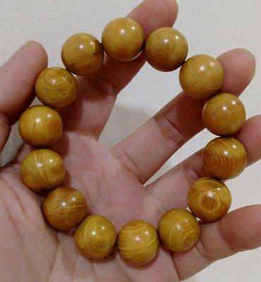 長輩的祖先早年從大陸帶到台灣的/正宗四川貓眼金絲楠手珠
