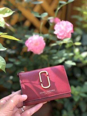 【全新正貨私家珍藏】Marc Jacobs Double J Multi Wallet 短款錢包~兩色((團購區))