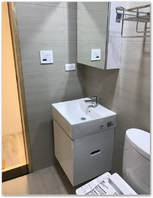 TOTO馬桶CW767TW+蓋TC291VC1 +臉盆L710+專用浴櫃衛生紙孔+TLS03301PA臉盆龍頭