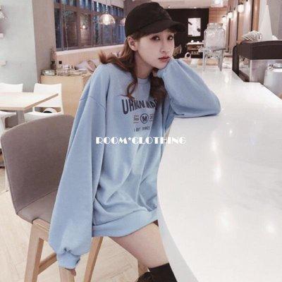 ROOM*CLOTHING(粉/藍/黑/黃��)baby色字母oversize大學T