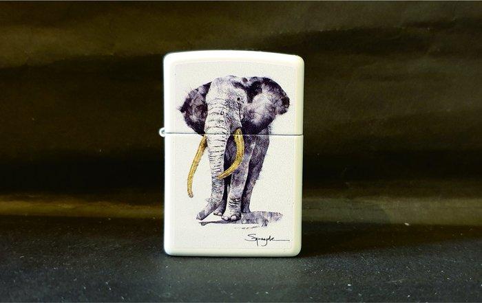 ONE*$1~*美系*ZIPPO*法國Steven Spazuk火焰藝術家《大象》白色烤漆*編號:29844