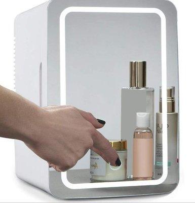 數碼三C  8L 110V冰箱 化妝鏡冰箱 迷你冰箱 車用冰箱 迷你小冰箱 化妝品冰箱 小冰箱 迷你冰箱