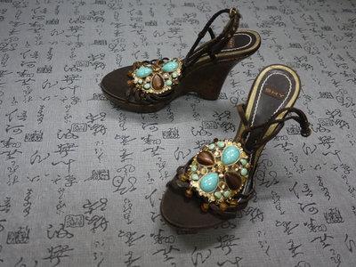 義大利製 SHY 寶石飾真皮楔型涼鞋 USA 5.5 EUR 35.5 JPN 22.5