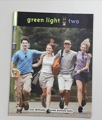 英語聽力 口說 閱讀 寫作教材Green Light 2:Communicative course for teenagers/young adult (全新)
