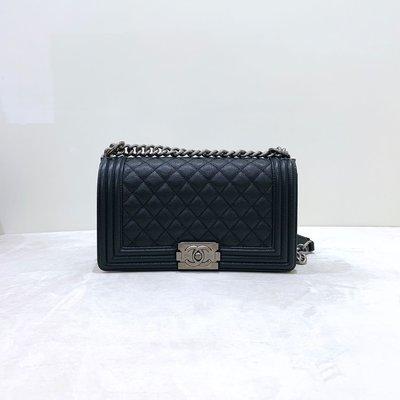Chanel Boy 25 菱格紋 荔枝皮 銀釦 黑色《精品女王全新&二手》