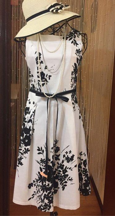清秀佳人 - 黑白印花無袖洋裝