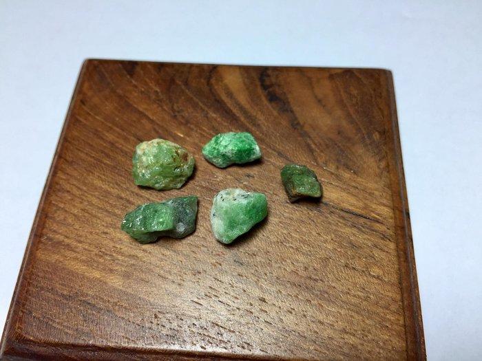 【Texture & Nobleness 低調與奢華】礦物展區 原礦 標本 -沙弗萊-5.26克
