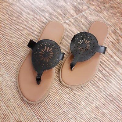 大尺碼涼鞋36-43碼 夾腳幾何洞洞舒適平底涼鞋 拖鞋-estshoes