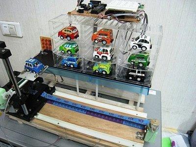 『好人助教』8051專題製作:立體停車場管理糸統,使用機械手臂 學生專題