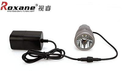 【露西小舖】Roxane專業腳踏車燈CREET6LED超強光車燈公路車燈強光車燈RX902T(超亮超廣含18650電池)