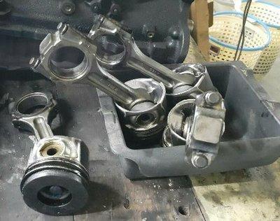 現代 Tucson 柴油 零件車 DPF 引擎零件 變速箱 安全氣囊 拆賣