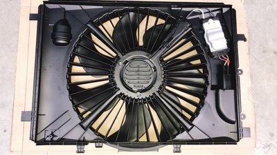 W204 400W 07- 水箱散熱馬達 散熱風扇 輔助風扇 電子風扇 百葉窗 百頁窗 2045000393