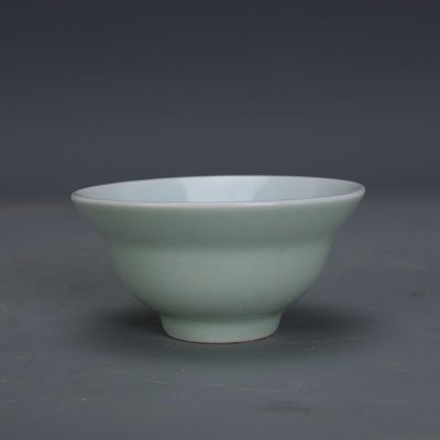 ㊣姥姥的寶藏㊣ 豆青釉單色釉折腰杯功夫茶杯上海博物館款古瓷器文革廠貨古玩收藏
