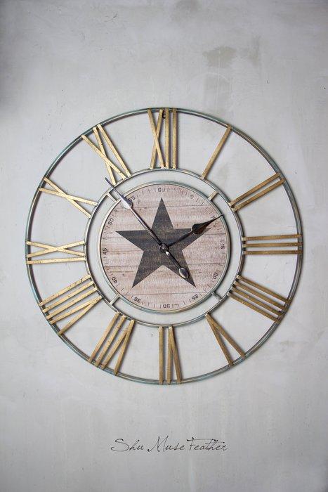 【曙muse】復古星星大掛鐘 經典時鐘 仿鐵鏽材框木質表面 裝飾品 loft 工業風 咖啡廳 民宿 餐廳 住家