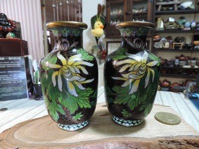 ~早期收藏~老件景泰藍銅胎琺瑯彩花瓶一對 銅胎蘭花花卉浮雕鎏金掐絲對瓶 大肚縮口 擺件