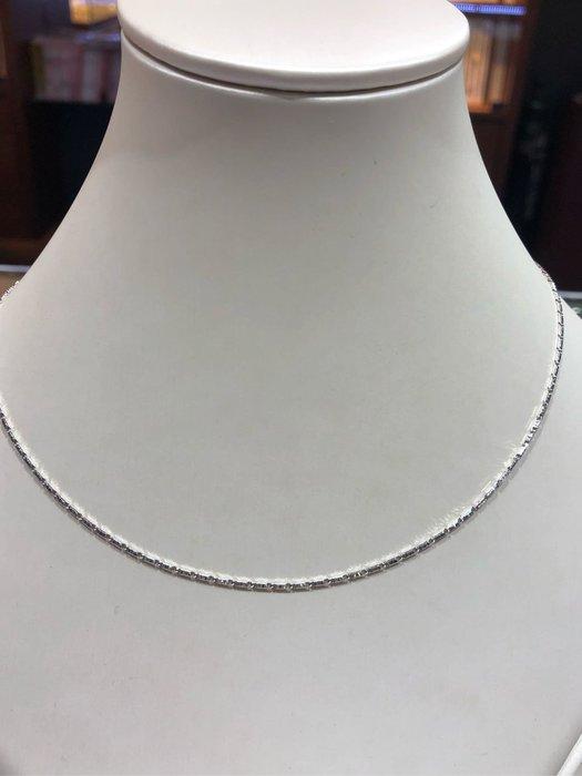 義大利585 14K金項鍊,白K金顏色漂亮閃亮質感超棒,超值優惠價6120,標準長度40公分,0.88錢