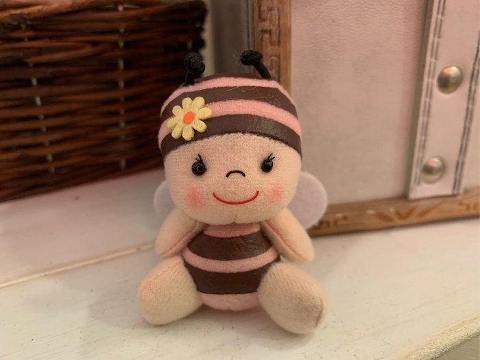 *黑頭小羊雜貨小舖*日本帶回zakka~長坂養蜂場吉祥物小蜜蜂玩偶吊飾/小蜜蜂迷你玩偶(粉色)