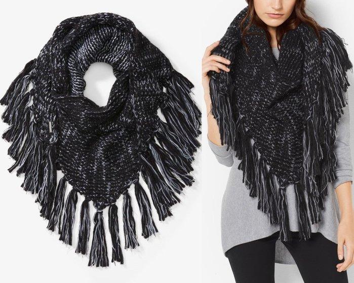全新美國名牌 Michael Kors MK 黑色與米白色相間三角大披巾圍巾!只有一條!低價起標無底價!本商品免運費!
