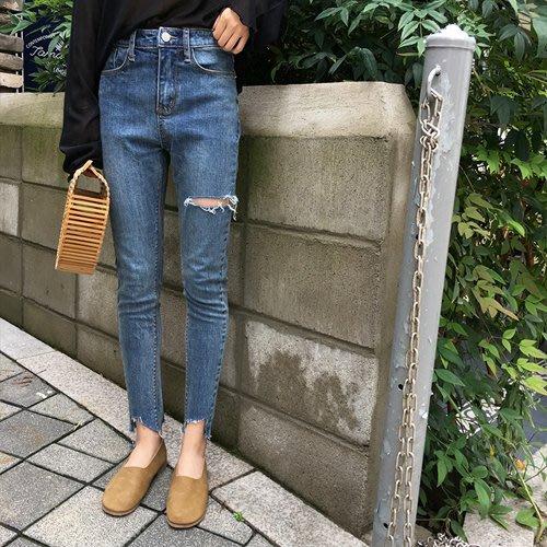 周董的店 顯瘦丹寧現貨供應 高腰破洞設計牛仔褲