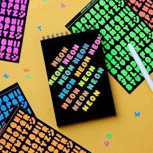 好心情日韓正品雜貨『韓國 wannathis』螢光版 大寫英文字母裝飾貼紙 (6款)