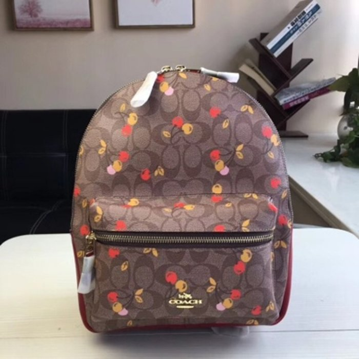 Melia 米莉亞代購 COACH 2019ss 11月新品更新 31372 雙肩包 後背包 PVC配皮 中款 櫻桃圖案