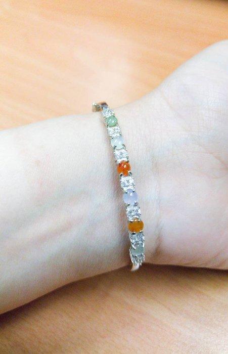 輕珠寶翡翠~多彩蛋面銀鐲鑲嵌款~天然緬甸翡翠~A貨