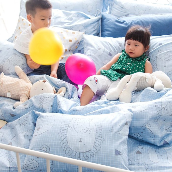 【OLIVIA 】DR350 動物躲貓貓 藍   美式薄枕套【兩件 】 品牌童趣系列  台灣製