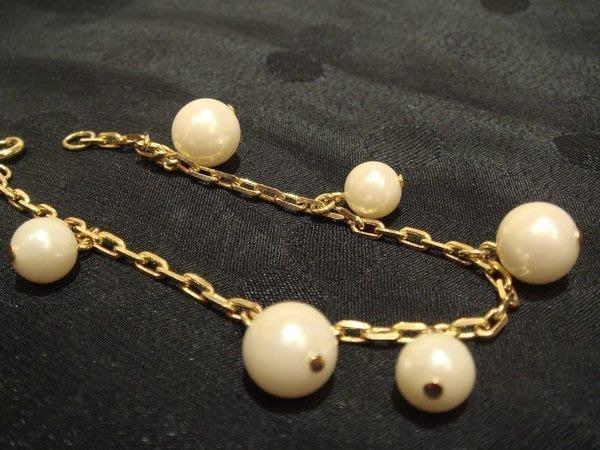 美國帶回,全新從未戴過金色金屬珠珠造型手環,低價起標無底價!本商品免運費!
