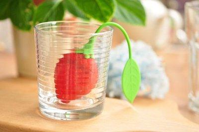 【夜市王】草莓矽膠茶葉包 糖果過濾包 矽膠泡茶器 茶隔 茶葉篩檢 草莓濾茶器25元