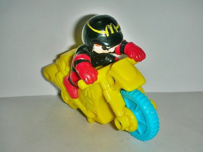 A.(企業寶寶公仔娃娃)少見1999年麥當勞發行麥當勞極限運動-漢堡神偷衝鋒摩托車!--距今已有17年歷史!/6房樂箱8