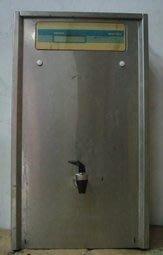飲水機小舖 二手飲水機 中古飲水機 單熱飲水機 桌上型 18