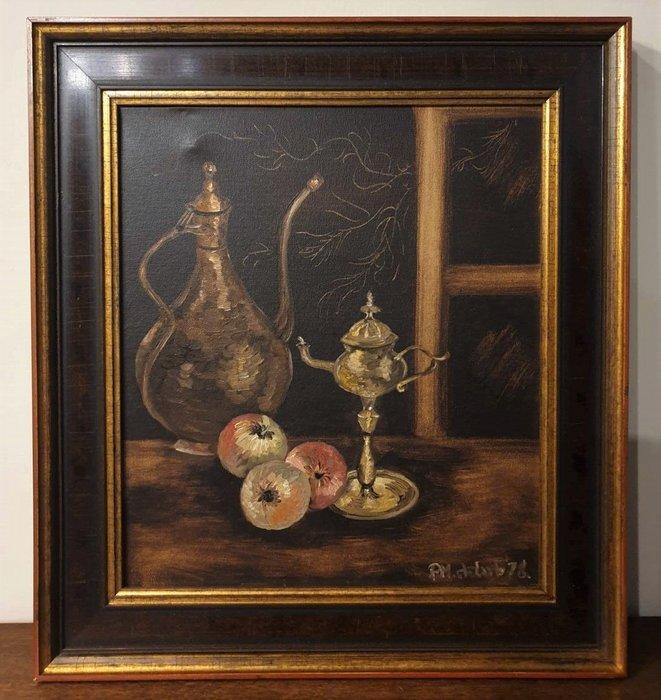 【卡卡頌 歐洲古董】🍂荷蘭老件 全手繪  銀壺  水果  靜物  木 框  簽名  老油畫   pa0336 ✬