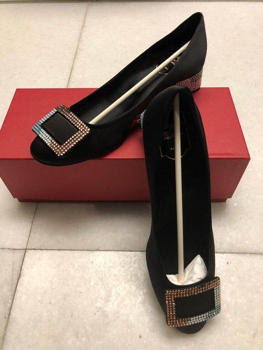 Roger Vivier彩色水晶黑色緞面低跟鞋