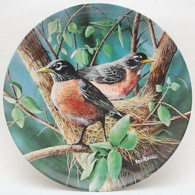 【timekeeper】  美國製Knowles大英百科全書22公分鳥類盤飾(知更鳥)(單盒全)(免運)