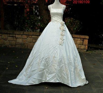˙冠緯時尚˙300起標˙曼達拉緞面白紗禮服