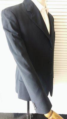 歐碼52R【Armani Collezioni】赤牛角釦深色單排三扣西裝上衣