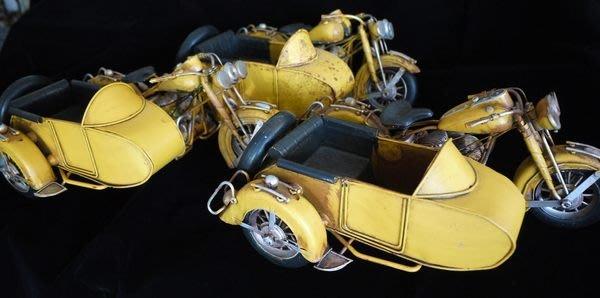 【布拉格歐風傢俱】 復古鐵皮黃色老機車  美式機車  收藏 擺飾 家飾 陳列展示