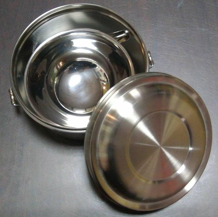316材質台灣製16公分雙耳扣圓型便當盒內附304材質小碗與小台匙