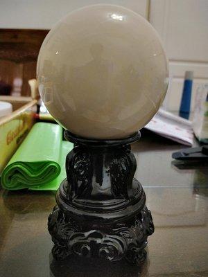 天然原礦..硨磲貝化石球.桌上型精挑美品.難得一見原礦美品..實物很美..一物一圖.一律免運費.