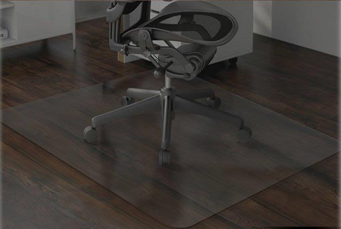 【奇滿來】透明木地板保護墊 160*230CM 厚2mm 門墊 電腦椅地墊 地毯保護墊 轉椅墊 書桌椅墊 AFGS