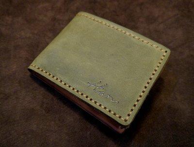 KH手工皮革工作室 MIT手工牛皮短夾.內有雙層鈔票夾層.零錢袋.皮革縫線顏色自選可燙字配合全家.7-11取件付款