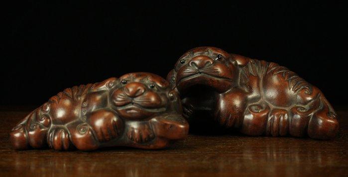 悅年堂 --- 紫砂 母子獅 擺件 紙鎮
