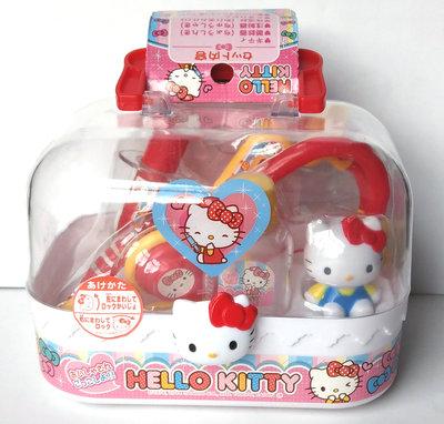 【卡漫迷】 Hello Kitty 玩具 6件組 醫護 ㊣版 扮家家酒 聽筒 注射針筒 藥瓶溫度劑 凱蒂貓公仔 病歷表