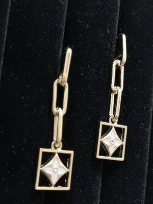 Mi 金色方型長款鏈條925銀針耳環/現貨