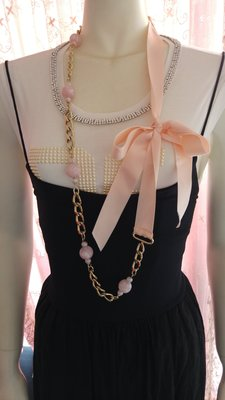 ※ ※全新真品【ESCADA】 Chanel 風 粉紅珍珠緞帶鍊帶項鍊