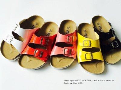 ~Aia Shoes Shop~【BG00283】韓國同步免代購男女童漆皮雙排釦勃肯風休閒百搭拼色涼拖鞋 現+預