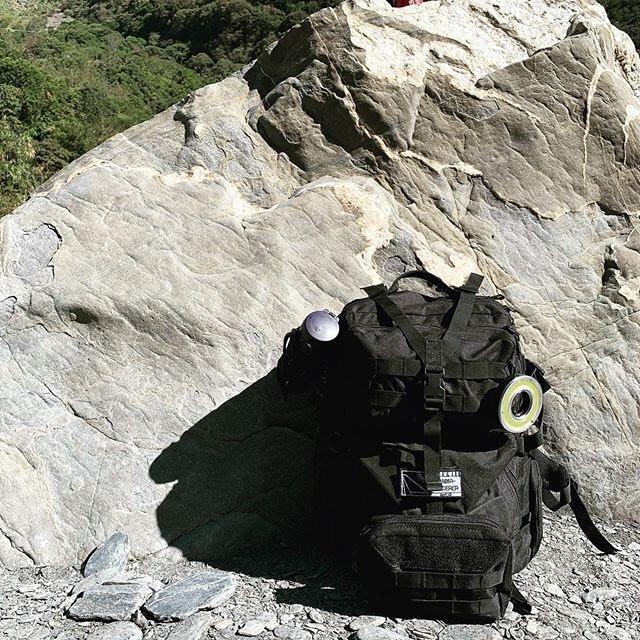 【Anima Wanderer】附掛勾LED燈 可吊在背包與帳棚上 【露戰隊】