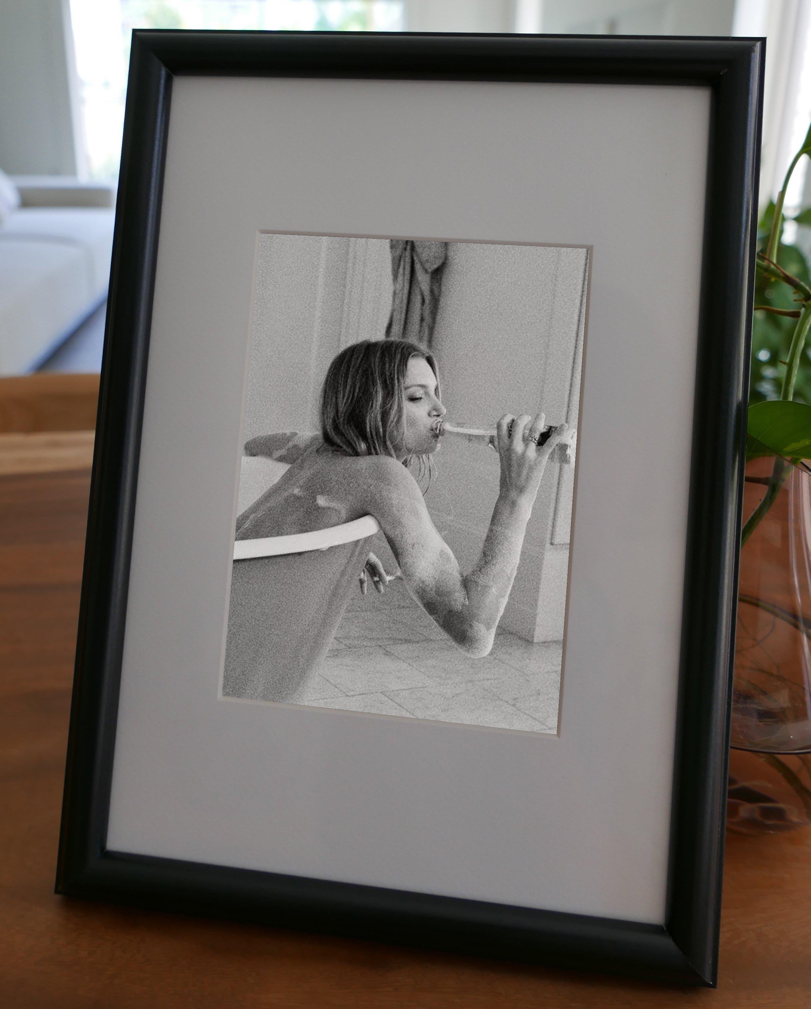 聚鯨Cetacea﹡Art【KLFZ-0902】drinking喝酒/smoking抽菸 畫框相框