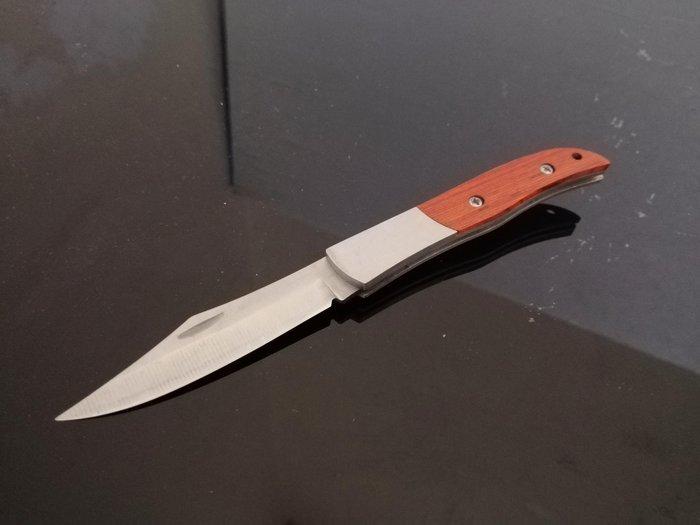 #萬粘大樓# 木紋折合刀